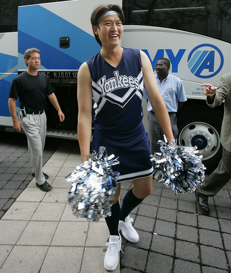 2005-Chien-Ming-Wang-rookie-hazing
